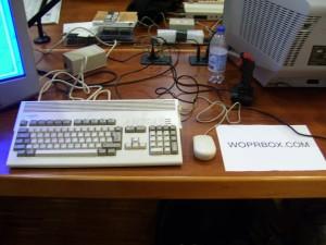 La postazione espositiva (con Amiga 1200) di WoprBox, ora Retrogaming Planet, alla Reunion Simulmondo